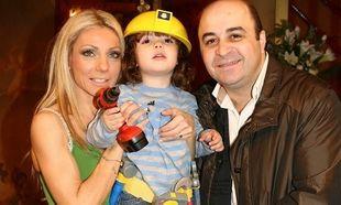 Έλενα Τσαβαλιά - Μάρκος Σεφερλής: Ο γιος τους έγινε νονός! (εικόνα)