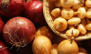Οι 10 εναλλακτικές χρήσεις για το... κρεμμύδι που δε γνωρίζατε μέχρι σήμερα!
