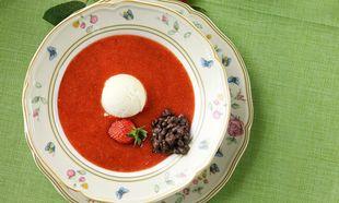 Σούπα φράουλας με παγωτό βανίλια!
