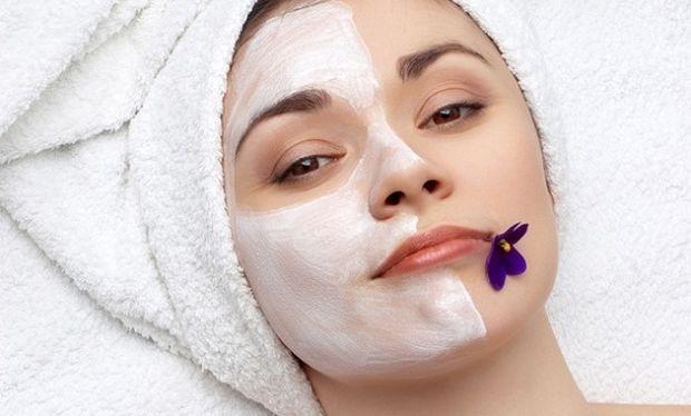 Δεν πάει ο νους σας τι πρέπει να βάλετε στο πρόσωπό σας για να έχετε τέλειο δέρμα