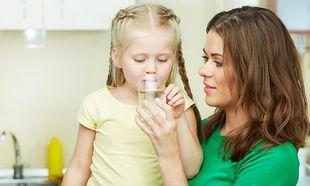 Πόσο νερό πρέπει να πίνει ένα παιδί;