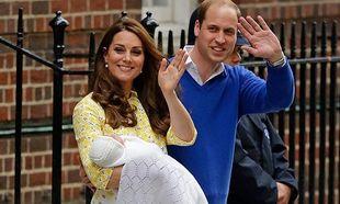 Κέιτ Μίντλετον - Πρίγκιπας Ουίλιαμ: Οι πρώτες φωτογραφίες της νεογέννητης κόρης τους! (εικόνες)