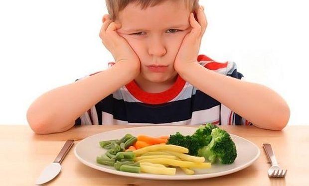 «Το παιδί μου δεν τρώει βραδινό»-Κι όμως υπάρχουν τρόποι να το φάει!