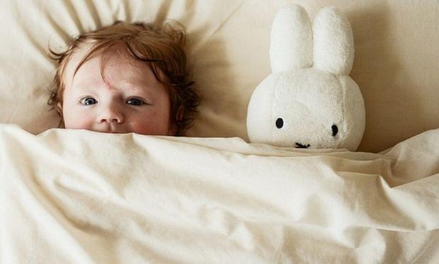 Αυτά είναι τα βήματα που πρέπει να ακολουθήσετε για να πάει το παιδί γρήγορα για ύπνο!