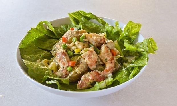 Καλοκαιρινή σαλάτα με γαρίδες, από τον Γιώργο Γεράρδο!