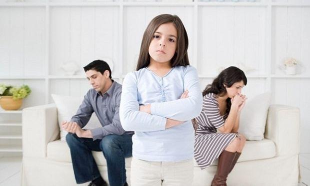 Έρευνα: Τα παιδιά είναι μία από τις αιτίες απιστίας μεταξύ των ζευγαριών!