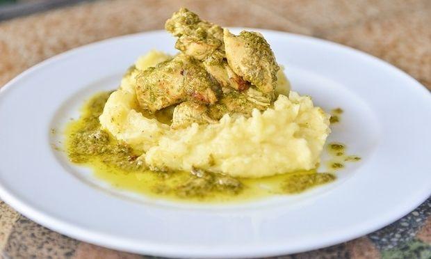 Κόκορας στο τηγάνι με μυρωδικά, από τον Γιώργο Γεράρδο!