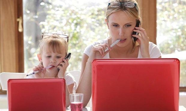 Είστε εργαζόμενη μητέρα; Τόσο το καλύτερο για το παιδί σας!