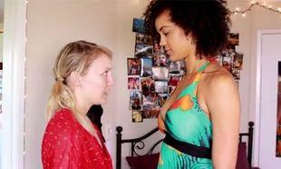 Αυτά είναι τα προβλήματα που αφορούν ψηλές γυναίκες! (βίντεο)