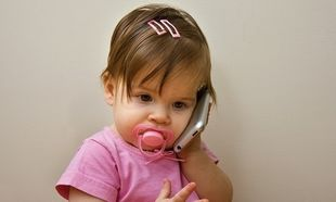 Παιδί και κινητό: Τι θα πρέπει να κάνετε-Συμβουλεύει η ψυχολόγος Αλεξάνδρα Καππάτου