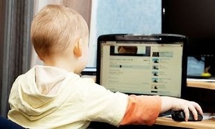 Αυτές είναι οι τέσσερις αρνητικές επιπτώσεις των social media στα παιδιά!