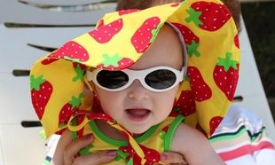 Να τι πρέπει να προσέξετε πριν αγοράσετε γυαλιά ηλίου για το παιδί σας