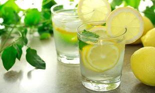 Νερό με λεμόνι κατά το θηλασμό: Αυτά είναι τα 9 εκπληκτικά υγιεινά οφέλη!