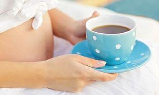 Πόσο καφέ κάνει να πίνουμε στην εγκυμοσύνη;