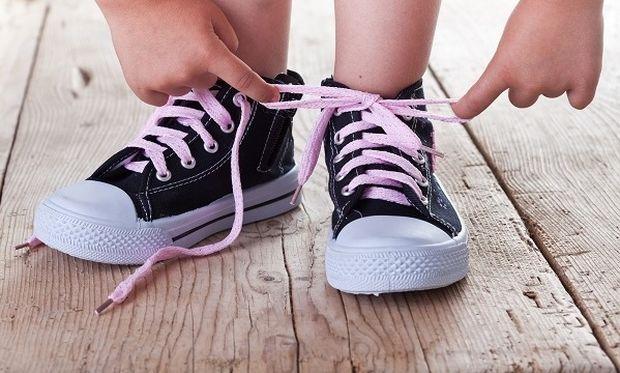 Να τι πρέπει να προσέξετε όταν αγοράσετε τα πρώτα παπουτσάκια του παιδιού σας!