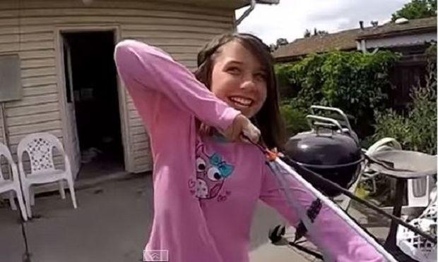 Απίστευτο! Δε φαντάζεστε τι κάνει αυτό το κοριτσάκι με ένα τόξο και ένα βέλος! (βίντεο)