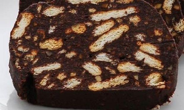 Συνταγή για σπιτικό κορμό σοκολάτας με 6 υλικά!