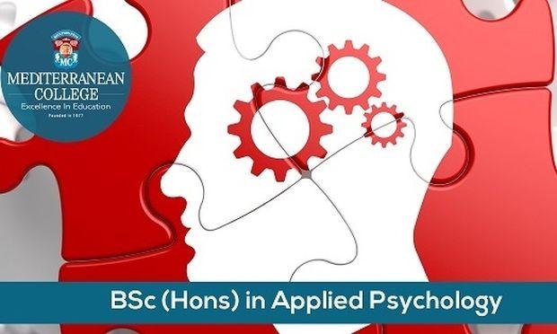 Ακολούθησε μια επιτυχημένη  καριέρα  στο χώρο της Εφαρμοσμένης Ψυχολογίας,  σε ένα από τα καλύτερα Πανεπιστήμια της Μ. Βρετανίας