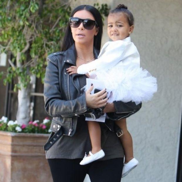 Αυτό που κάνει η Kim Kardashian στην κόρη της North ξεπερνά κάθε φαντασία!
