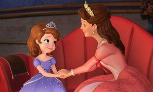 5+2 λόγοι που η μητρότητα μοιάζει με ταινία της Disney!