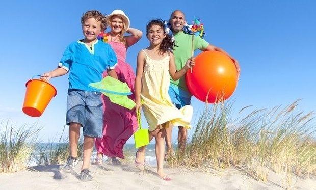 Η ζωή προ παιδιών και μετά παιδιών στην παραλία!