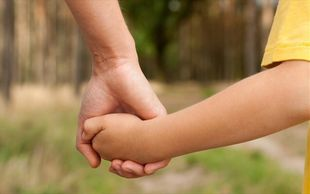 Ο Αλή μπαμπάς και οι δύο κόρες: Οι Παναγίες της διπλανής πόρτας