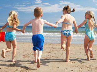«Το παιδί μου είναι στην παραλία. Να του δώσω να φάει ένα σάντουιτς»;