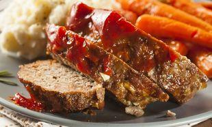 Ρολό με μοσχαρίσιο κιμά και σάλτσα ντομάτας!