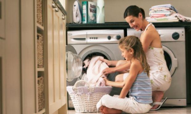 Αυτό είναι το μυστικό για μαλακά ρούχα μετά από πλυσίματα!