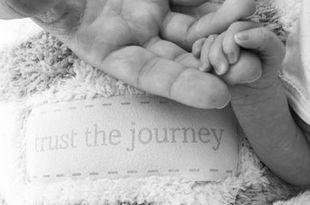 Να σας ζήσει! Οι δύο σταρς ανακοίνωσαν τη γέννηση του μωρού τους με αυτή τη φωτό