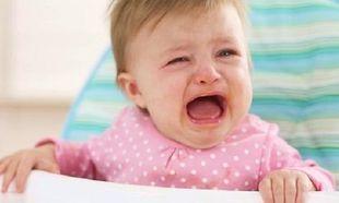 Τελικά πρέπει να αφήνουμε το μωρό να κλαίει ή όχι;