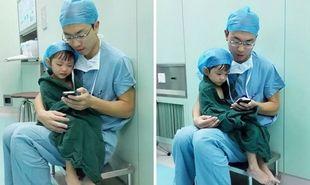 Καρδιοχειρουργός ηρεμεί δύο ετών κοριτσάκι, πριν την χειρουργική επέμβαση (εικόνες)