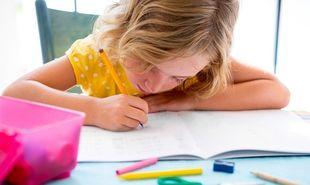 Back to School: Πώς μαθαίνουμε στα παιδιά να διαχειρίζονται το διάβασμά τους