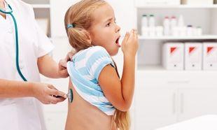 Παιδικός βήχας: Πώς τον αντιμετωπίζουμε;