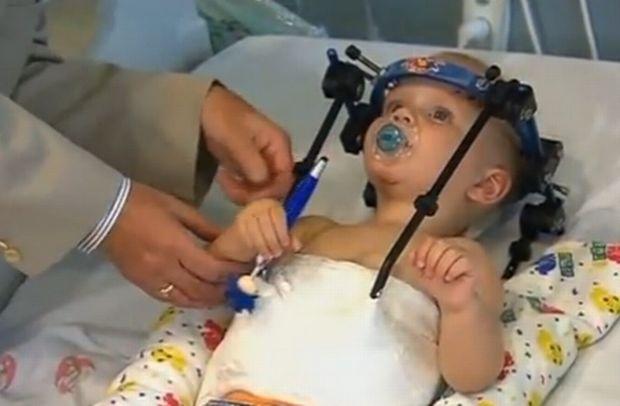 Αποκεφαλίστηκε σε τροχαίο όμως οι γιατροί συνέδεσαν και πάλι το κεφάλι (pics&vid)