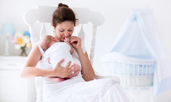 Πώς αλλάζει μία γυναίκα όταν γίνεται μητέρα και γιατί απομακρύνει τον άνδρα της;