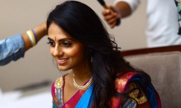 Θέλετε να μακρύνουν γρήγορα τα μαλλιά σας; Δοκιμάστε το μυστικό των γυναικών στην Ινδία