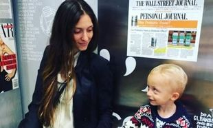 Σοφία Καρβέλα: Η νέα της φωτογραφία με φουσκωμένη κοιλίτσα! (εικόνα)