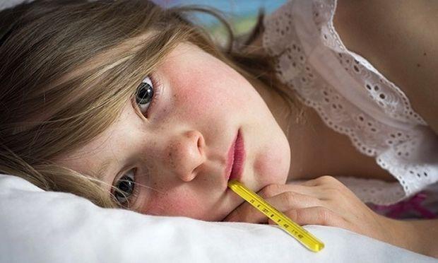 Πότε ανησυχούμε για τον πυρετό στα παιδιά