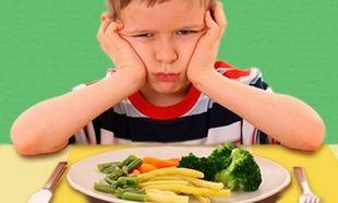Το παιδί μου είναι επιλεκτικό στο φαγητό. Πώς να το αντιμετωπίσω;