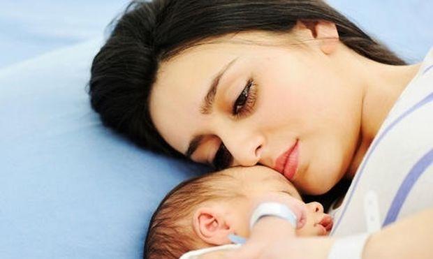 Ποια είναι τα συμπτώματα του «baby blues» στις νέες μητέρες