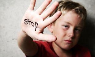 Πόσο εύκολα αποκαλύπτουν τα παιδιά την κακοποίηση που έχουν υποστεί;