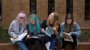 Λιποθύμισαν 40 μαθητές λόγω ζέστης στη Βρετανία