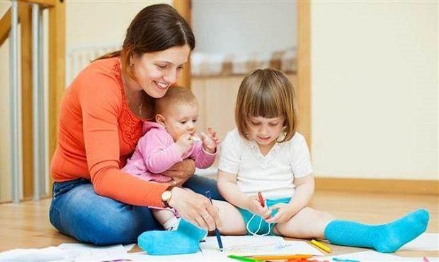 Ποια είναι η κατάλληλη ηλικία για να αφήσεις ένα παιδί μόνο στο σπίτι;