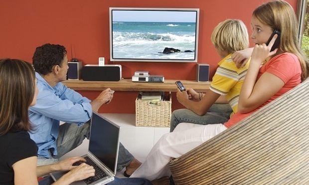 Γιατί οι νέοι που βλέπουν πολλή τηλεόραση κινδυνεύουν με πρόωρη γήρανση του εγκεφάλου