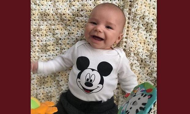 Γνωστή ηθοποιός μας συστήνει τον δύο μηνών γιο της (εικόνες)