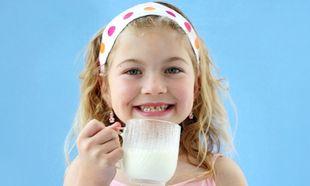 Ασβέστιο: Όλα όσα χρειάζεται να γνωρίζετε για αυτό το πολύτιμο στοιχείο στη διατροφή του παιδιού σας