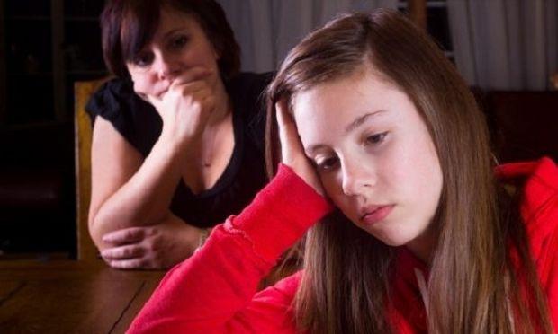 Γιατί οι γονείς δεν μιλούν στα παιδιά τους για την ψυχική υγεία