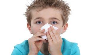 Πώς μπορεί να μάθει ένα παιδί να φυσάει τη μύτη του;