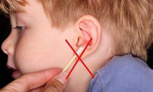 «Πρέπει να καθαρίζω τα αυτιά του παιδιού μου; Οι μπατονέτες βοηθούν ή όχι;»
